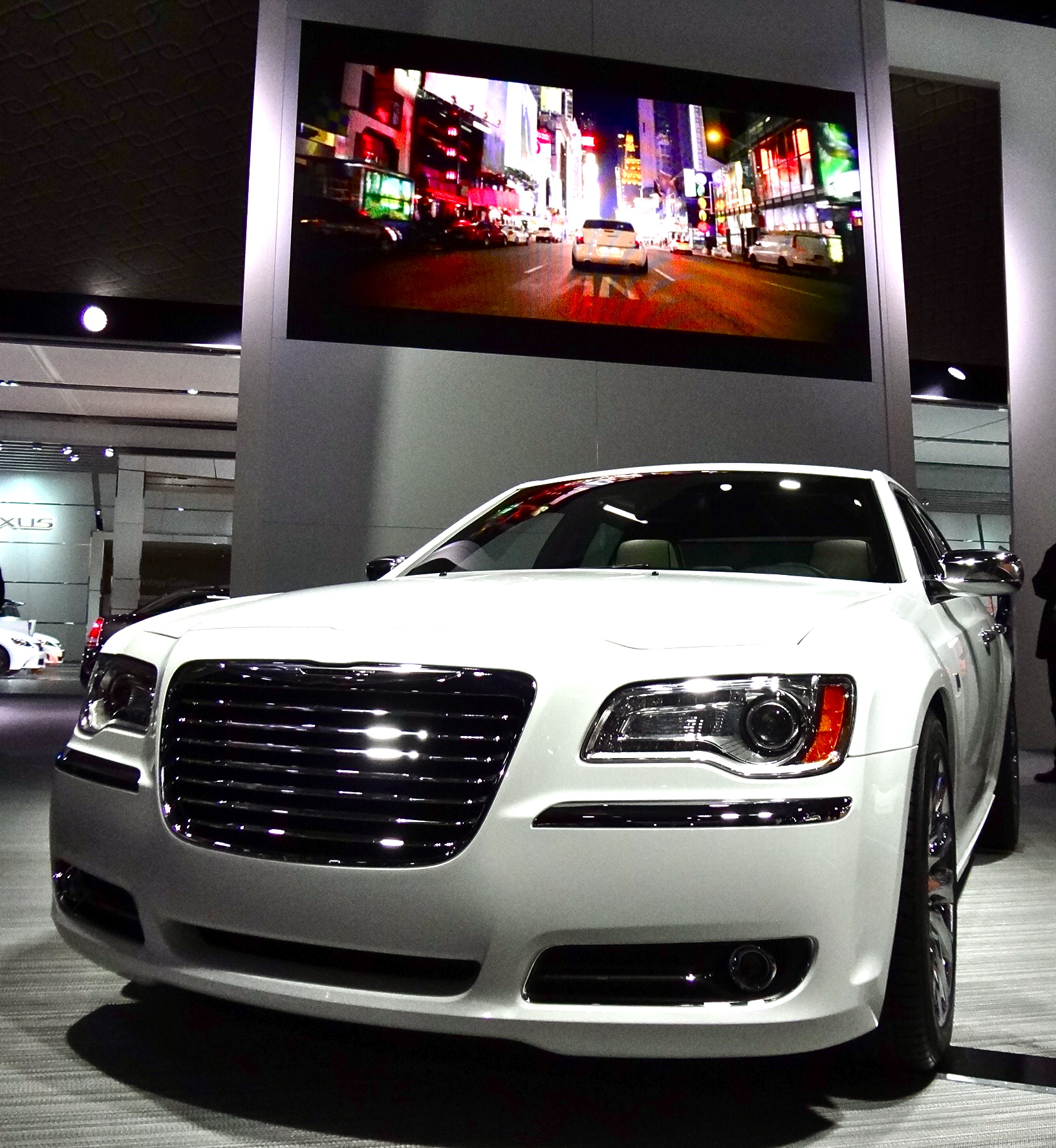A 60-Second Pitch For Chrysler's 300 Motown Edition