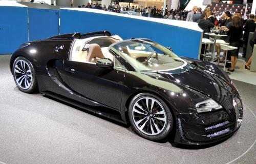 "2015 Bugatti Veyron 16.4 Grand Sport Vitesse ""Jean Bugatti"" (Jerry Garrett Photo)"