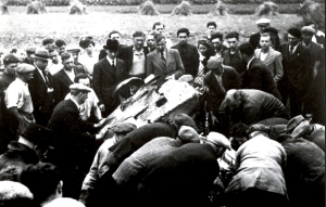 Rescuers try in vain to save Jean Bugatti.